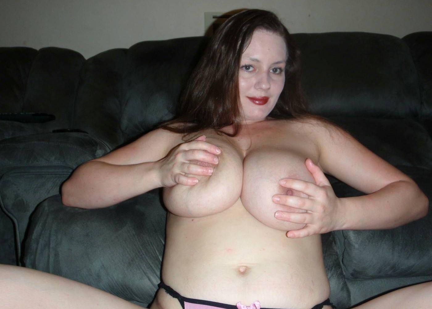 Фото сисек мамки, Фотки мамок с красивой грудью - секс порно фото 7 фотография