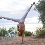 Красивая гимнастка разделась фото