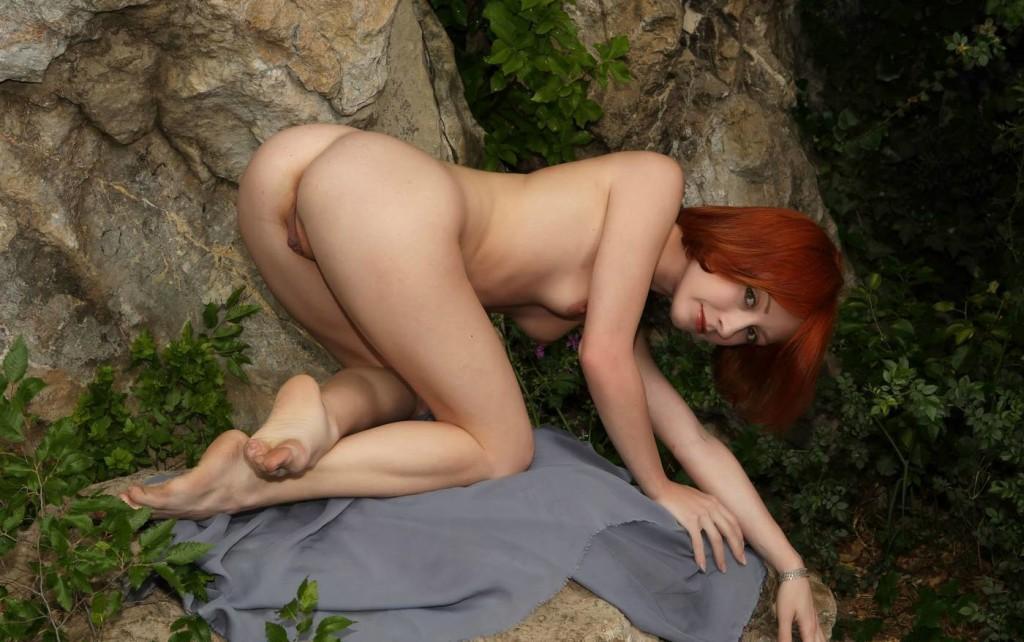 Фото голой рыжей девки