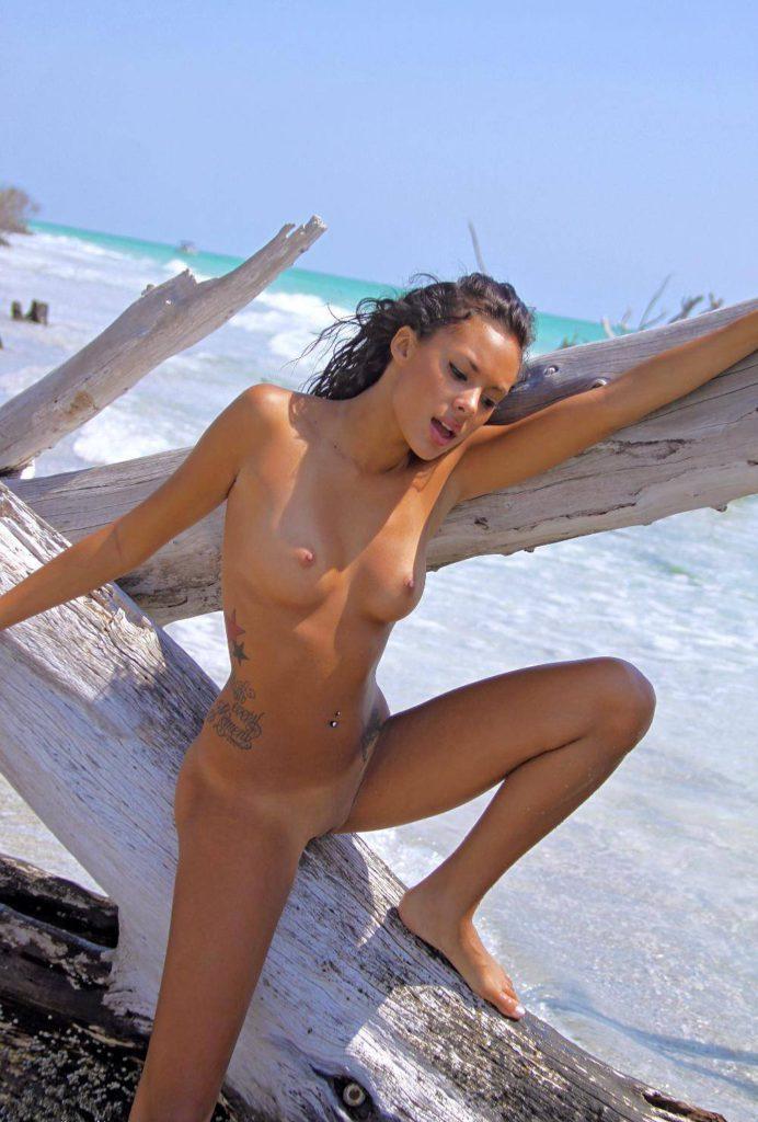 Красивые эротические фото голой деввушки